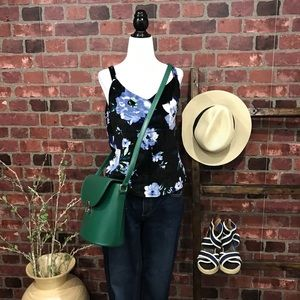 M Sleeveless Floral Printed Velvet Top